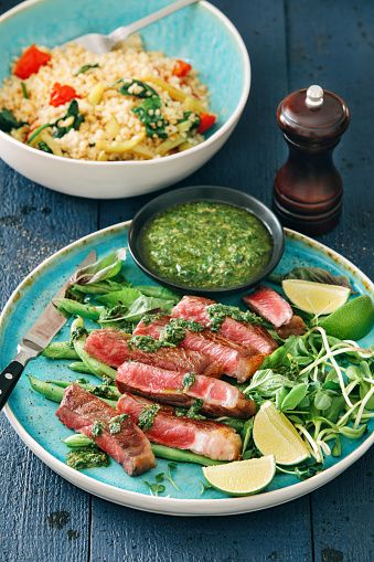 Argentinian Culture「Steak with chimichurri sauce, vegetables, herbs and bulgur salad」:スマホ壁紙(19)