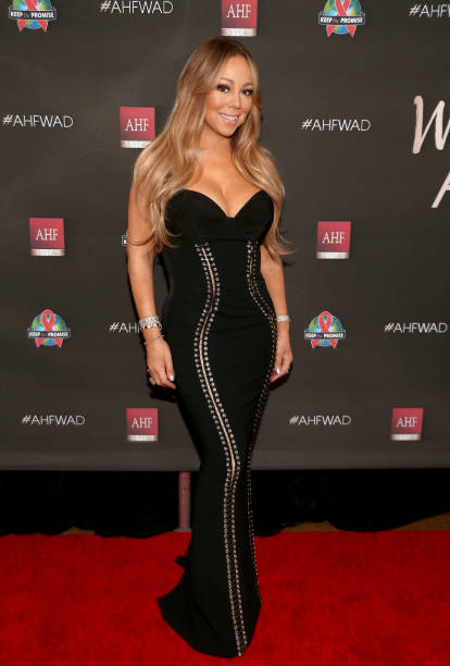 胸の谷間「AHF World AIDS DAY Concert and 30th Anniversary Celebration: Featuring Mariah Carey, DJ Khaled, Mario Lopez, Laverne Cox」:写真・画像(9)[壁紙.com]