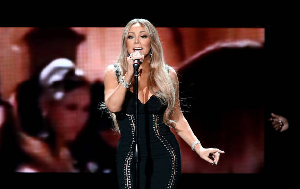 Performance「AHF World AIDS DAY Concert and 30th Anniversary Celebration: Featuring Mariah Carey, DJ Khaled, Mario Lopez, Laverne Cox」:写真・画像(6)[壁紙.com]