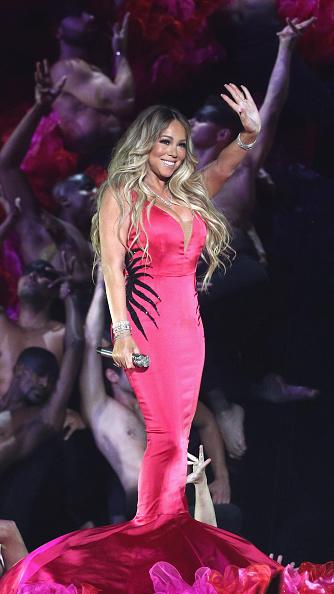 Pink Dress「2018 American Music Awards - Fixed Show」:写真・画像(15)[壁紙.com]
