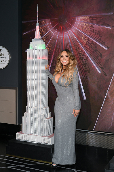 "Empire State Building「Mariah Carey Lights The Empire State Building In Celebration Of The 25th Anniversary Of ""All I Want For Christmas Is You""」:写真・画像(19)[壁紙.com]"