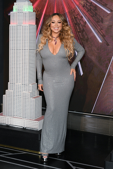 "Empire State Building「Mariah Carey Lights The Empire State Building In Celebration Of The 25th Anniversary Of ""All I Want For Christmas Is You""」:写真・画像(18)[壁紙.com]"