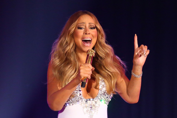 Mariah Carey「Mariah Carey Performs At Crown Casino's New Year's Eve Party」:写真・画像(5)[壁紙.com]