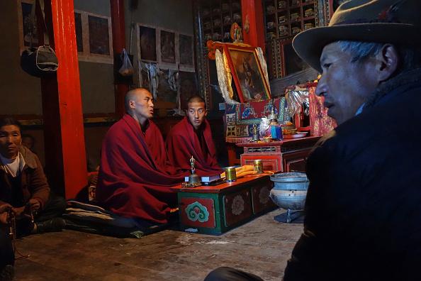 Tibetan Buddhism「Rural Tibetan Buddhist Temple」:写真・画像(4)[壁紙.com]