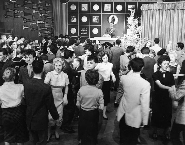 Teenager「Teens dance on 'American Bandstand'」:写真・画像(8)[壁紙.com]