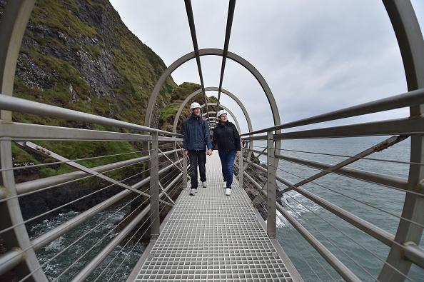 Tourism「Spectacular Gobbins Cliff Top Walkway Reopens In Northern Ireland」:写真・画像(7)[壁紙.com]