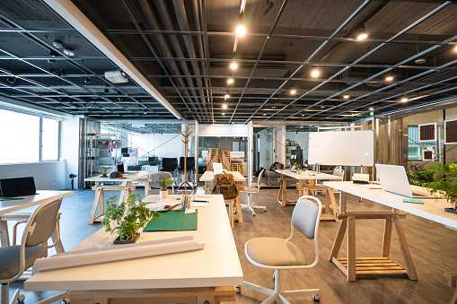 Finance and Economy「Modern coworking space without people」:スマホ壁紙(3)