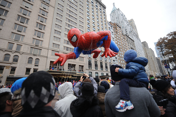 Land Vehicle「88th Annual Macy's Thanksgiving Day」:写真・画像(2)[壁紙.com]