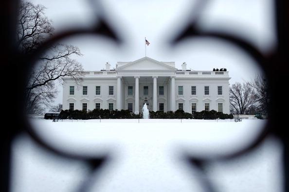 Outdoors「Washington DC Copes With Messy Winter Storm」:写真・画像(3)[壁紙.com]