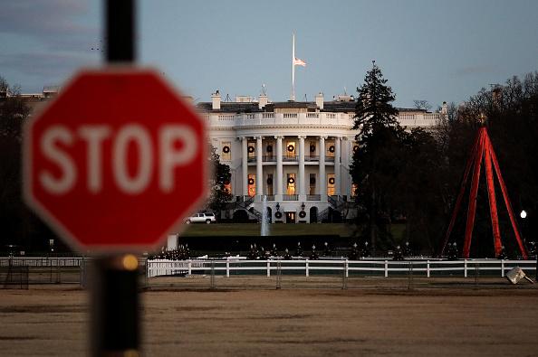 Politics「Partial Government Shutdown Continues As Congress And President  Fail To Reach Deal」:写真・画像(1)[壁紙.com]