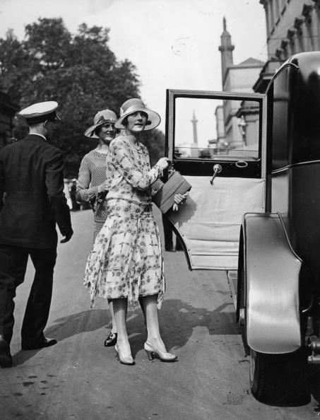 Purse「Countess Mountbatten」:写真・画像(9)[壁紙.com]