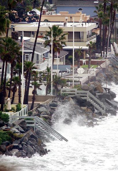 Torrential Rain「Heavy Rains Pound Southern California」:写真・画像(1)[壁紙.com]
