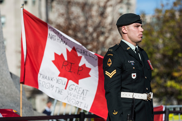 Nathan Burton「Ottawa On Alert After Shootings At Nation's Capitol」:写真・画像(9)[壁紙.com]