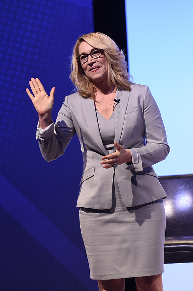 Doris Burke「American Express Teamed Up With Shaquille O'Neal And Alonzo Mourning」:写真・画像(1)[壁紙.com]