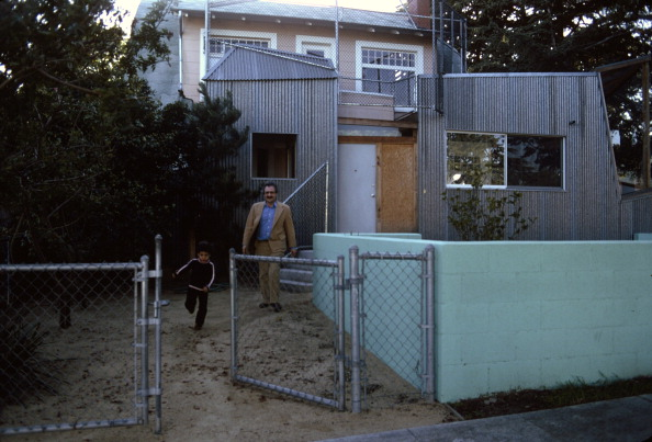 Santa Monica「Gehry & Son At Home」:写真・画像(11)[壁紙.com]