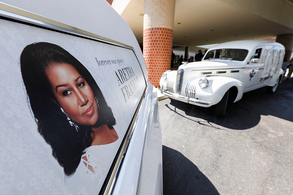 Funeral「Soul Music Icon Aretha Franklin Honored During Her Funeral By Musicians And Dignitaries」:写真・画像(14)[壁紙.com]
