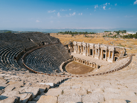 Roman「Hierapolis Theater in Turkey」:スマホ壁紙(2)