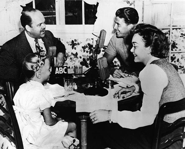 Radio「Breakfast With The Reagan Family」:写真・画像(13)[壁紙.com]