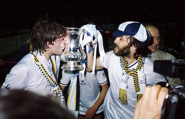 Celebration「Glenn Hoddle Ricky Villa」:写真・画像(2)[壁紙.com]