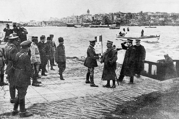 Middle East「Post-War Meeting」:写真・画像(14)[壁紙.com]