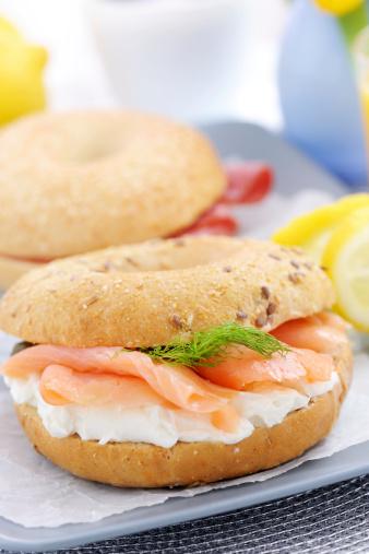 Stuffed「Smoked Salmon with cream cheese on a bagel」:スマホ壁紙(8)