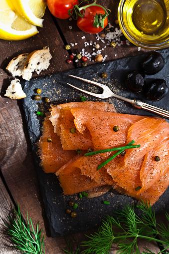 Caper「Smoked salmon」:スマホ壁紙(16)