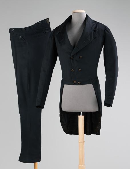 Tail Coat「Suit」:写真・画像(16)[壁紙.com]