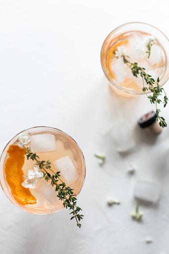 Thyme「Orange gin cocktail with thyme」:スマホ壁紙(13)
