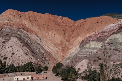 Vibrant Color「Hill of Seven Colours against rich blue sky, Purmamarca, NW Argentina」:スマホ壁紙(4)