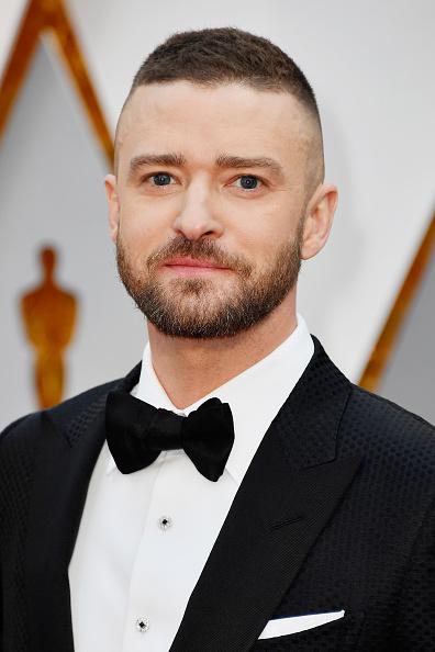 カメラ目線「89th Annual Academy Awards - Arrivals」:写真・画像(7)[壁紙.com]