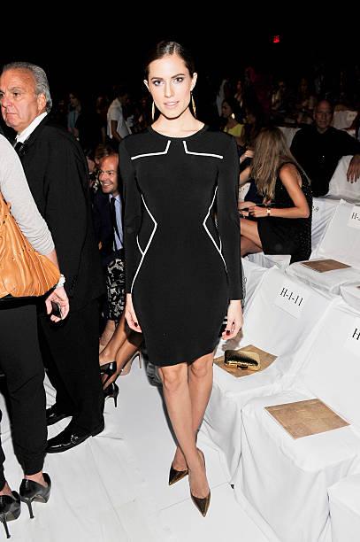 Diane Von Furstenberg - Front Row - Mercedes-Benz Fashion Week Spring 2014:ニュース(壁紙.com)