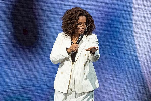 Oprah Winfrey「Oprah's 2020 Vision: Your Life In Focus Tour With Special Guest Jennifer Lopez」:写真・画像(17)[壁紙.com]