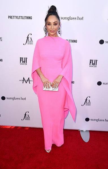 シルバーのハンドバッグ「The Daily Front Row's 5th Annual Fashion Los Angeles Awards - Arrivals」:写真・画像(4)[壁紙.com]