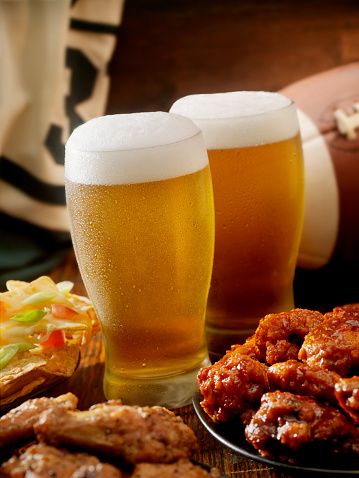Chicken Wing「Beer, Football and Wings」:スマホ壁紙(8)