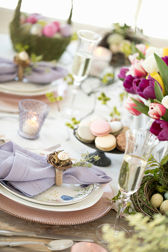Easter Basket「Elegant Easter Dining Table」:スマホ壁紙(17)