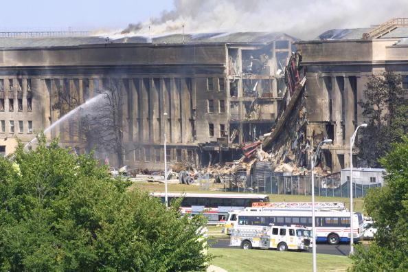 Emergency Services Occupation「A plane crashed into the Pentagon」:写真・画像(18)[壁紙.com]