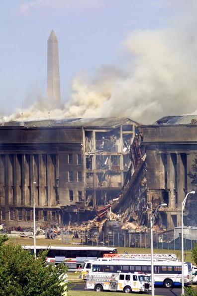 Alex Wong「A plane crashed into the Pentagon」:写真・画像(5)[壁紙.com]