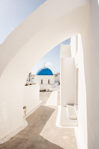 Aegean Sea「Blue Dome of Orthodox Church in Megalochori, Santorini island, Greece」:スマホ壁紙(15)