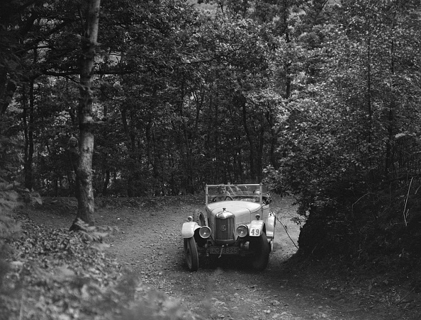 Country Road「AC taking part in a motoring trial, c1930s」:写真・画像(17)[壁紙.com]