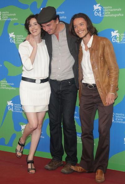 Jose Lopez「64th Venice Film Festival : En La Ciudad De Sylvia - Photocall - Day 8」:写真・画像(3)[壁紙.com]