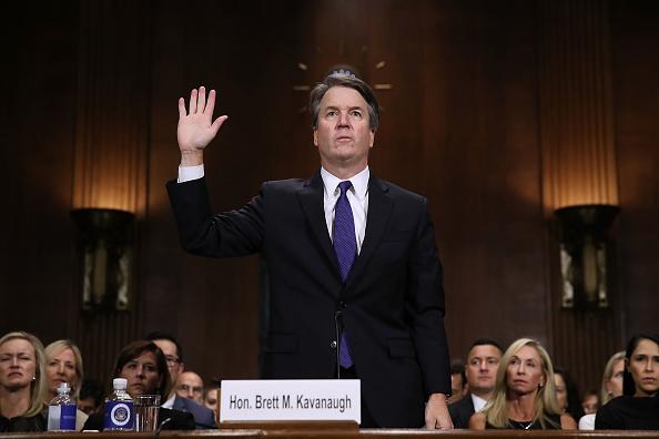 Court Hearing「Dr. Christine Blasey Ford And Supreme Court Nominee Brett Kavanaugh Testify To Senate Judiciary Committee」:写真・画像(6)[壁紙.com]
