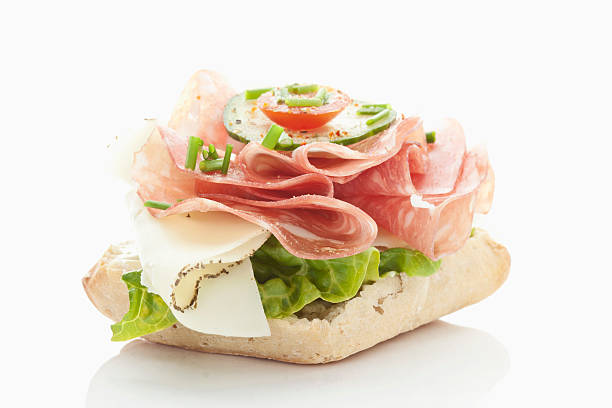 Bread roll with salami, cheese, tomatoes, lettuce on white background:スマホ壁紙(壁紙.com)