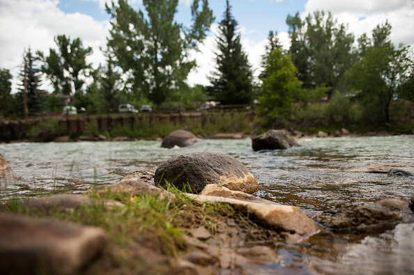 アニマス川「Federal Cleanup Crew Spills 3 Million Gallons Of Toxic Mine Waste In Colorado's Animas River」:写真・画像(10)[壁紙.com]