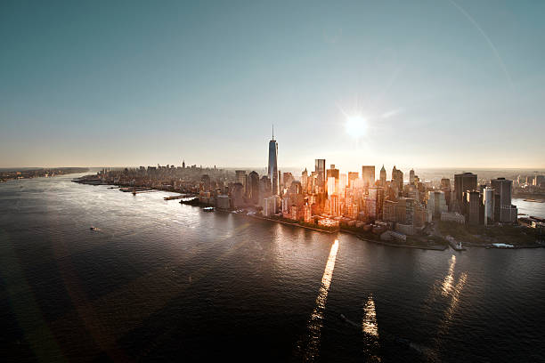 Aerial of Manhattan, NYC at sunrise:スマホ壁紙(壁紙.com)