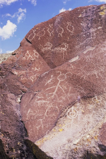 Basalt「Petroglyphs on boulders, Oregon, USA」:スマホ壁紙(0)