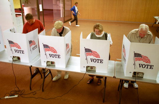 US Republican Party「Early Voting in El Paso, Texas」:写真・画像(19)[壁紙.com]