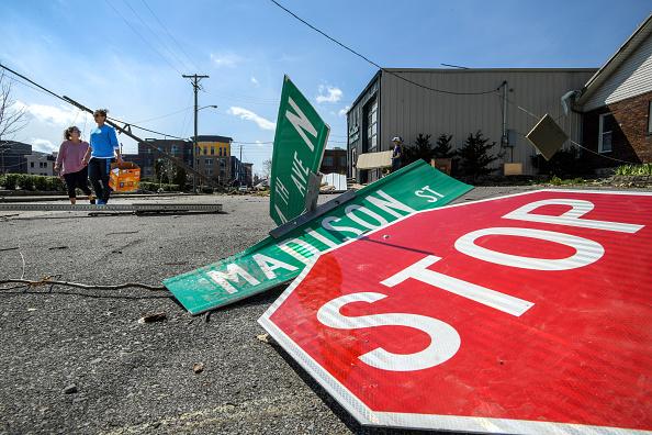 Nashville「Over 20 Dead After Tornadoes Roar Across Tennessee, Including Nashville」:写真・画像(16)[壁紙.com]