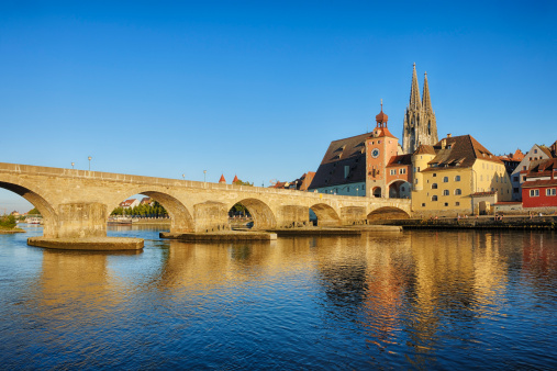 UNESCO「Historic Regensburg with Danube River.」:スマホ壁紙(19)
