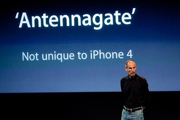 Conference Phone「Apple Holds Press Conference On Its iPhone 4」:写真・画像(15)[壁紙.com]