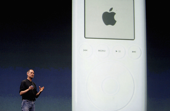 Launch Event「Apple Launch iTunes Music Store In London」:写真・画像(12)[壁紙.com]